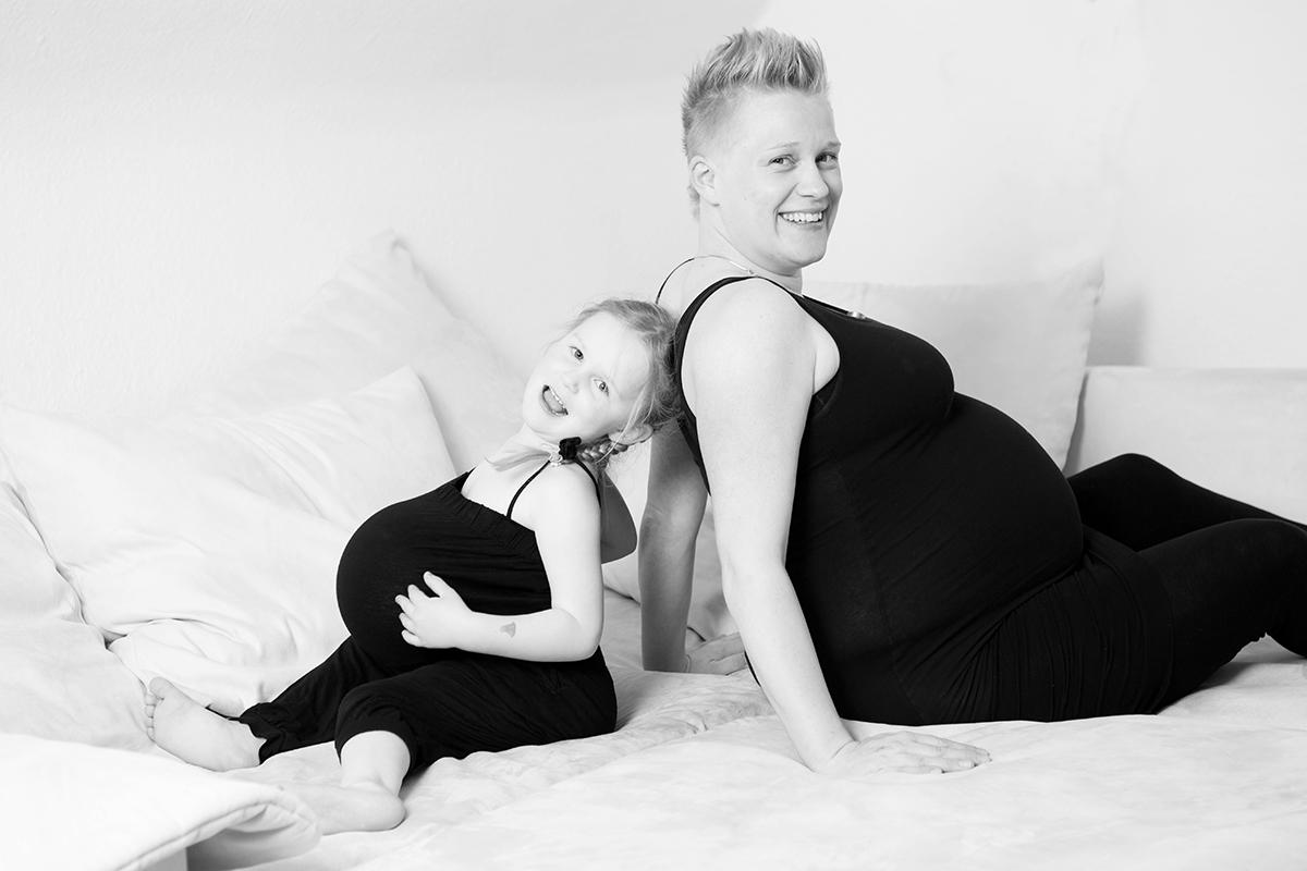 Hamburg, Babybauchfotos, Babybauch Shooting, Babybauchbilder, Babybauchshooting, Fotos Schwangerschaft, Schwangerschaftsshooting, Schwangerschaftsfotografie, Fotostudio, Babybauch Fotoshooting